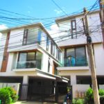 9.98m and Up Townhouse for sale in Teachers Village QC