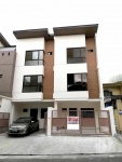 3 Storey Townhouse for sale in Project 8 Quezon City 1R.jpg